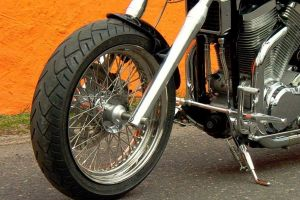 suzuki_vs_1400_intruder_black_6.jpg